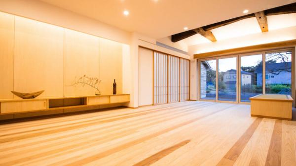 石田建築住宅竣工写真和モダンリビングルーム